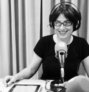 Nieves Rodríguez-radio-Metrópoles Delirantes